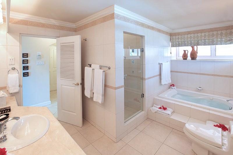 WIMCO Villas, Foster's House, RL FOS, Barbados, Gibbs Beach, Family Friendly Villa, 4 Bedroom Villa, 4 Bathroom Villa, Pool, Bathroom, WiFi