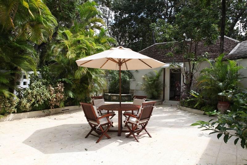 WIMCO Villas, Heronetta, RL HER, Barbados, Sandy Lane Beach - St. James, Family Friendly Villa, 4 Bedroom Villa, 4 Bathroom Villa, Pool, Dining Room, WiFi