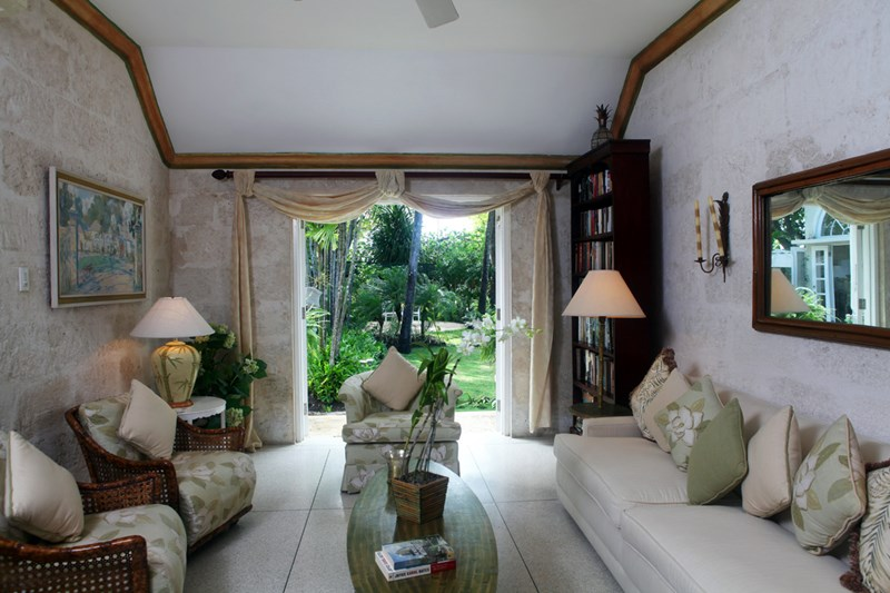 WIMCO Villas, Heronetta, RL HER, Barbados, Sandy Lane Beach - St. James, Family Friendly Villa, 4 Bedroom Villa, 4 Bathroom Villa, Pool, Living Room, WiFi