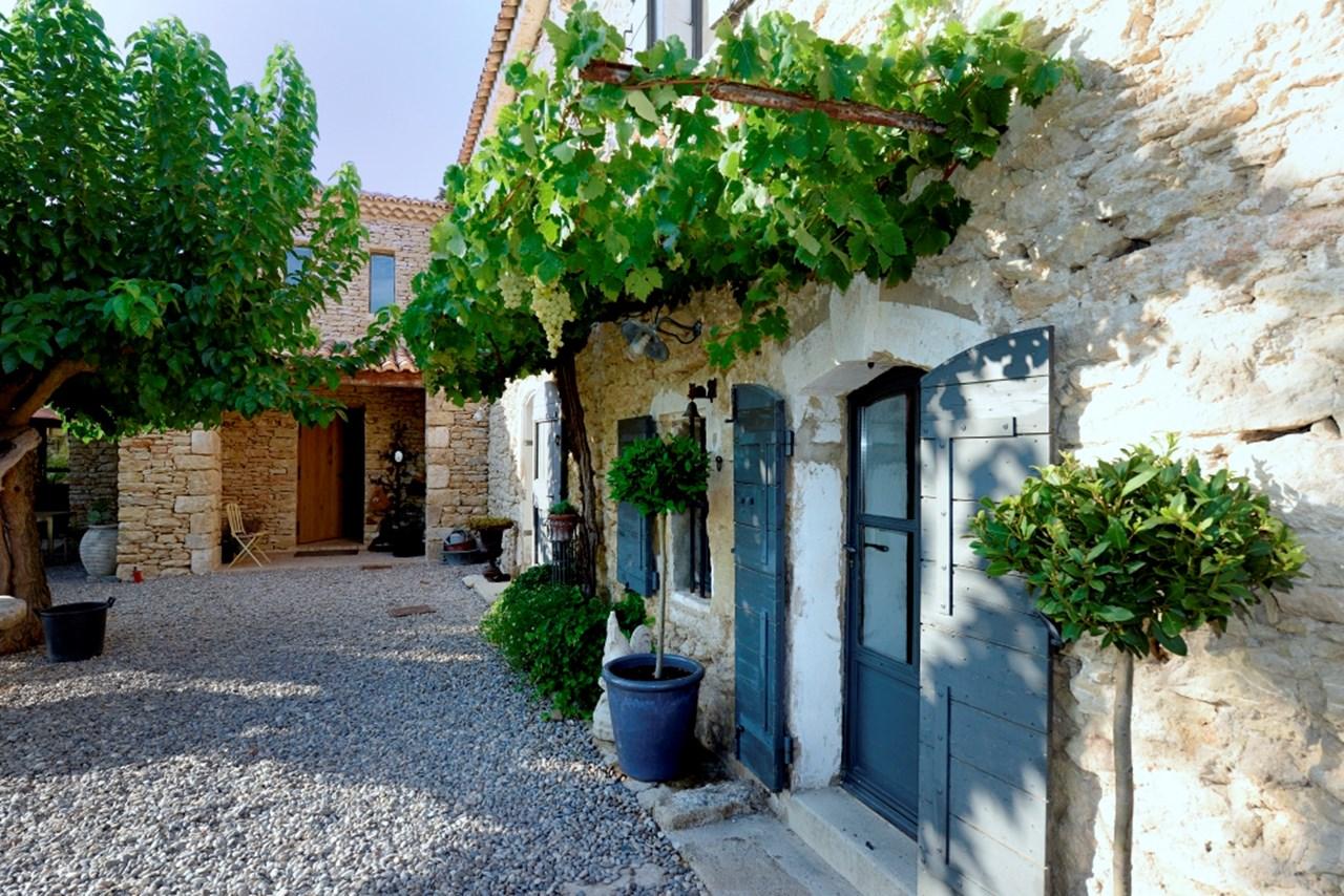 WIMCO Villas, Mas des Oliviers, YNF OLI, France, Provence - Luberon Area, Family Friendly Villa, 3 Bedroom Villa, 4 Bathroom Villa, Pool, Exterior, WiFi