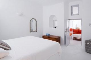 WIMCO Villas, Gaia, MED GAI, Greece, Santorini, Family Friendly Villa, 3 Bedroom Villa, 3 Bathroom Villa, WiFi