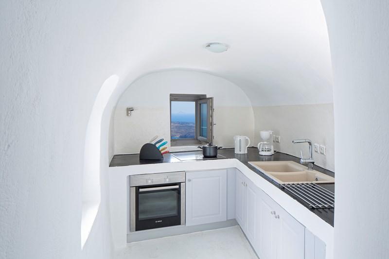 WIMCO Villas, Gaia, MED GAI, Greece, Santorini, Family Friendly Villa, 3 Bedroom Villa, 3 Bathroom Villa, Kitchen, WiFi