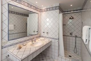 WIMCO Villas, Azzurra, BRV AZZ, Italy, Amalfi Coast, Family Friendly Villa, 5 Bedroom Villa, 5 Bathroom Villa, Pool, Bathroom, WiFi