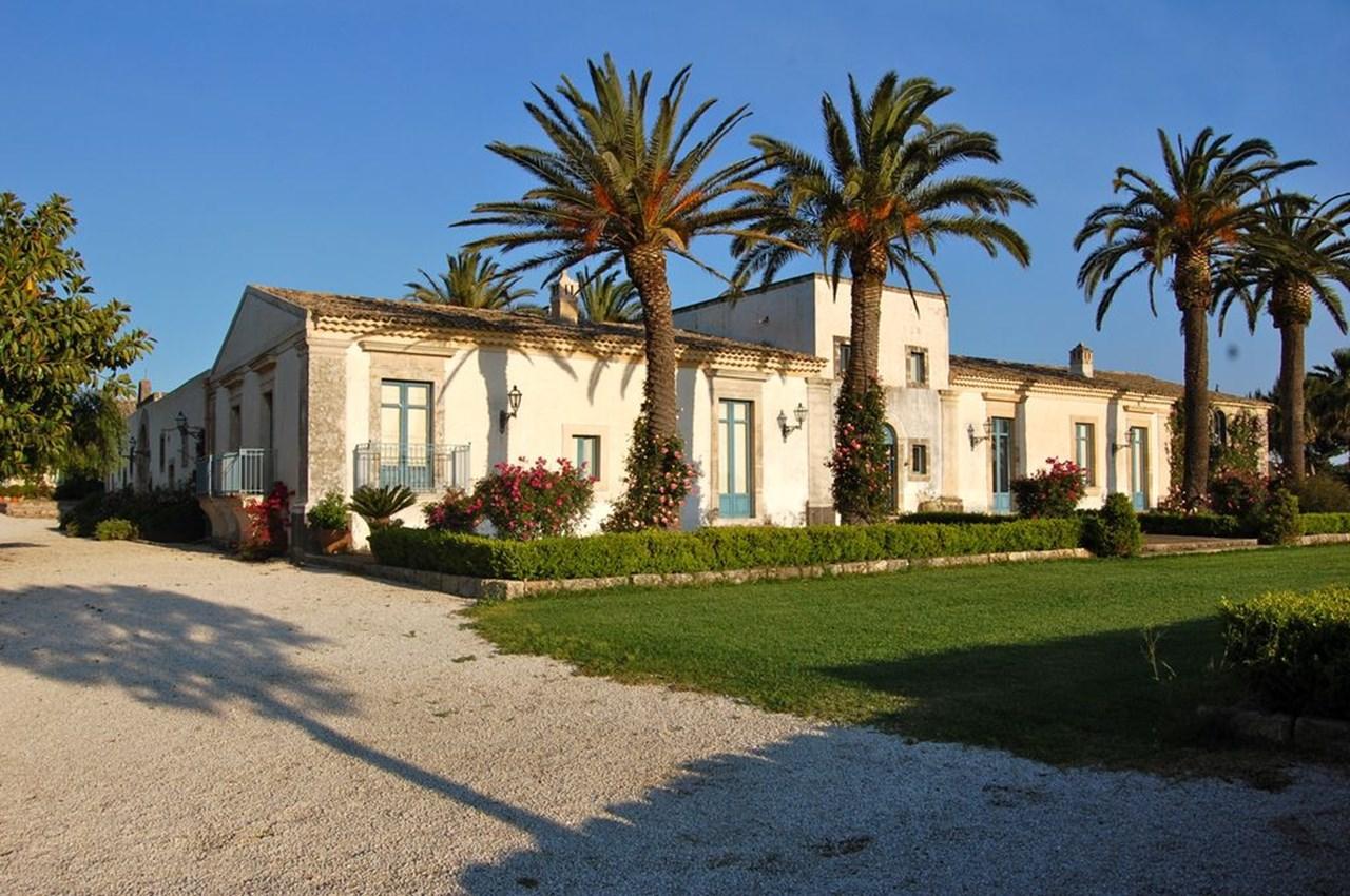 WIMCO Villas, BRV COM, Italy, Sicily, 12 bedrooms, 17 bathrooms