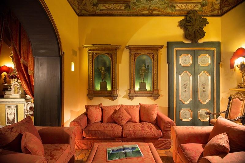 WIMCO Villas, Dorata, BRV DOR, Italy, Amalfi Coast, Family Friendly Villa, 5 Bedroom Villa, 6 Bathroom Villa, Pool, Sitting Room, WiFi