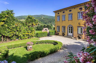 WIMCO Villas, Controni, CSL CON, Italy, Tuscany/Lucca, Family Friendly Villa, 11 Bedroom Villa, 11 Bathroom Villa, Pool, Exterior, WiFi