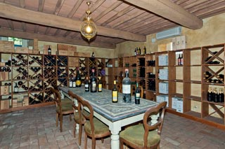 WIMCO Villas, Controni, CSL CON, Italy, Tuscany/Lucca, Family Friendly Villa, 11 Bedroom Villa, 11 Bathroom Villa, Pool, WiFi