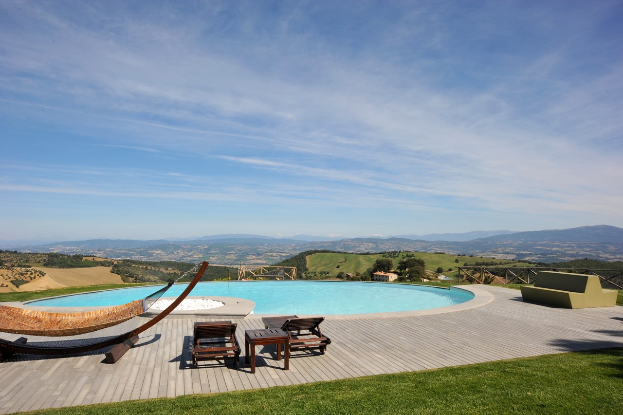 WIMCO Villas, Monti, HII MON, Italy, Umbria, Family Friendly Villa, 5 Bedroom Villa, 6 Bathroom Villa, Pool, Villa Pool, WiFi