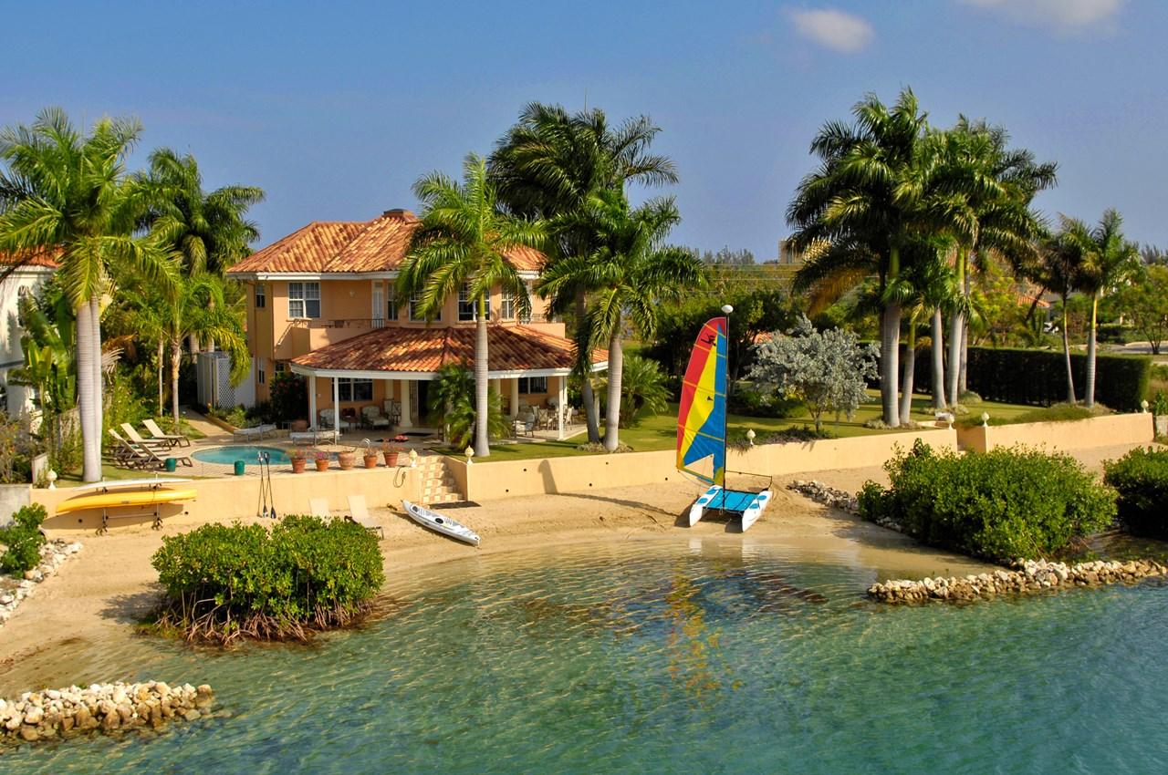 WIMCO Villas, Calypso Shores on the Beach, VL CAL, Jamaica, Montego Bay, Family Friendly Villa, 4 Bedroom Villa, 4 Bathroom Villa, Pool, Exterior, WiFi