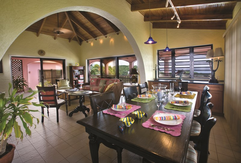WIMCO Villas, Azula Vista, MA AZU, St. Thomas, Secret Harbor, Family Friendly Villa, 4 Bedroom Villa, 5 Bathroom Villa, Pool, Dining Room, WiFi