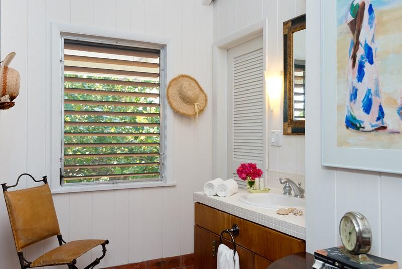WIMCO Villas, Reef Beach House, TNC RFB, Turks & Caicos, Grace Bay/Beachside, Family Friendly Villa, 4 Bedroom Villa, 3 Bathroom Villa, Pool, Bathroom, WiFi