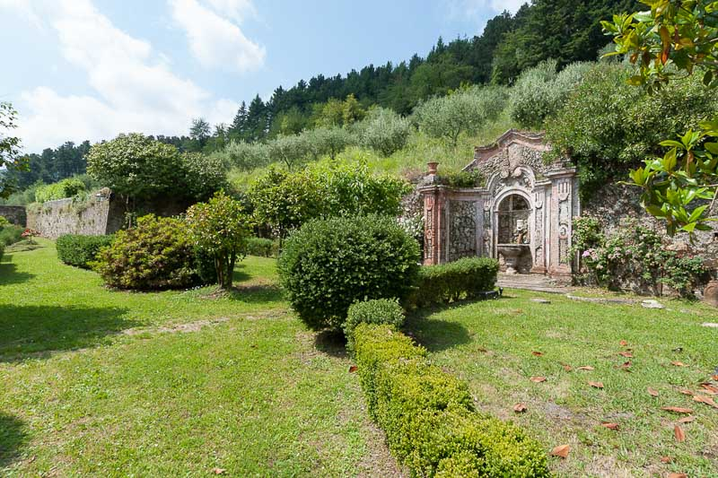 WIMCO Villas, Controni, CSL CON, Italy, Tuscany/Lucca, Family Friendly Villa, 11 Bedroom Villa, 11 Bathroom Villa, Pool, Exterior, WiFi
